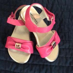 Super cute Fushia sandals !